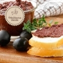CMaison The spreadable Tapenade black olives, tomatoes and toasted almonds